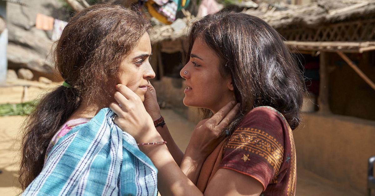 Pataakha, film, hindi, review