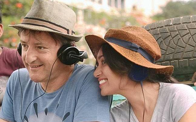 Bombairiya, review, hindi, film