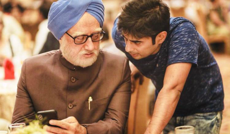 The Accidental Prime Minister, hindi, film, review