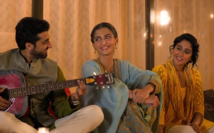 Ek ladki ko dekha toh aisa laga, review, hindi, film