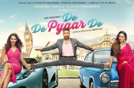 PROGRESSIVE AND LIGHT HEARTED, 'DE DE PYAAR DE' IS A REFLECTION OF CHANGING TIMES