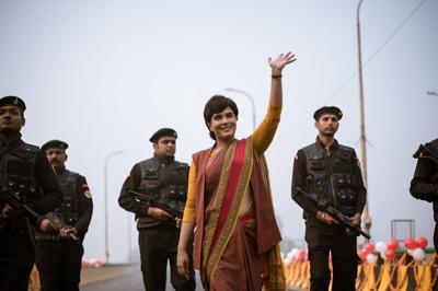 madam chief minister, hindi, review, film, 2021