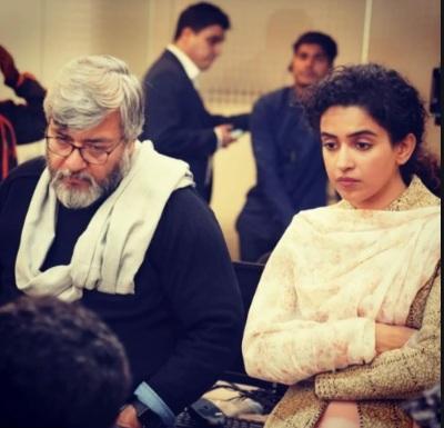 pagglait, netflix, film, review, hindi, 2021