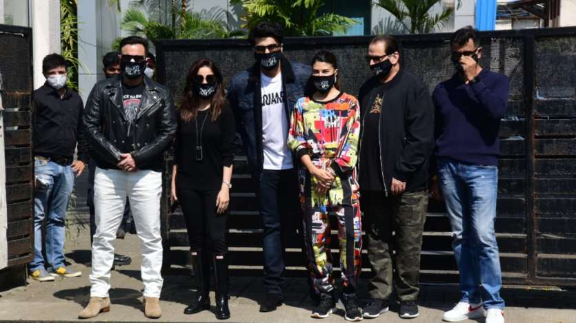 bhoot police, disney+hotstar, hindi, review, film, 2021